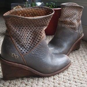 Bed Stü womens 7 Dutchess booties grey